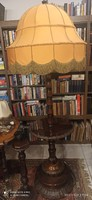 Nagy méretű régi faragott állólámpa
