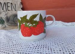 Alföldi porcelán bögre Gyönyörű eper mintával , epres  gyümölcsös  Gyűjtői  nosztalgia darab
