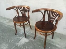 Felújított Gyönyörű  Karfás Thonet székek párban.