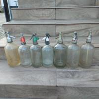 Nagyméretű szódásüvegek