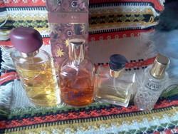 Parfüm és  kölni üvegek