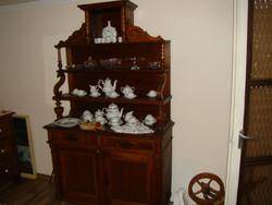 Paraszt barokk tálaló szekrény és dupla ágy