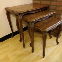 Neobarokk lerakó asztalok