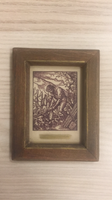 7cmx9cm méretű, miniatűr, népi ihletésű életképet ábrázóló, rézkarc, fa keretben.
