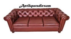 A255 Eredeti chesterfield konyak színű bőr kanapé