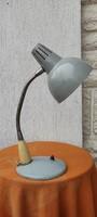 Retro, Loft Design asztali lámpa, müködik.Különleges, hasznàlható, àllitható iràny,gégecső.