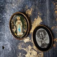 Antik ovális szentkép, üveg réz kerettel