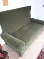 Régi, szeccesszió korabeli rugós kanapé ággyá alakíthatón.