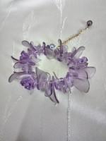 Csini lila karkötő