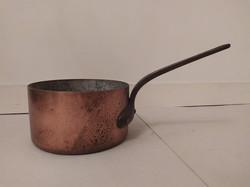 Antik ónozott konyhai eszköz vörösréz serpenyő lábas vas füllel 3893