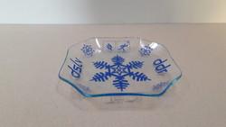 Nyolcszögletű üveg tálka
