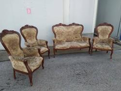 4 részes Neobarokk ülőgarnitúra, 3 db fotel, 1 db kanapé.