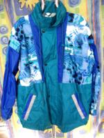 Széldzseki vidám, élénk kék színekkel férfi -női kabát