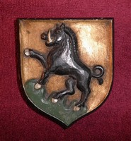 Régi faragott nemesi címer