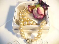 Csodás antik gyöngy