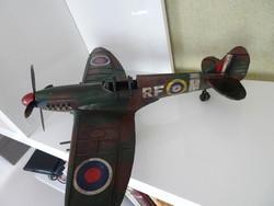 Szép állapotú II. vh. Spitfire MK VB Raf 303-as 1942-es vadász repülő.