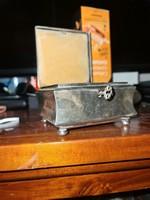 Antik ezüst  vagy ezüstözött WMF zárható dobozka!