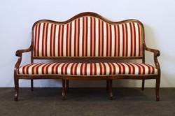 1D835 Régi háromszemélyes csíkos kárpitos kanapé