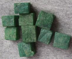 Természetes smaragd téglatestek, Kolumbiából