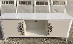 Kecses dekoratív Komód, TV szekrény