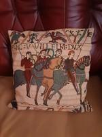 Gobelin, Goblen, díszpárna, Hódító Vilmos lovasai  indulnak Angliába jelenet,régi, állapota hibátlan