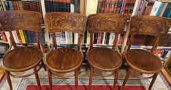 Kiváló állapotban levő 4 db Mundus Thonet szék és egy asztal