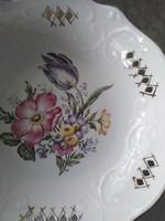 Szakított csipke mintás, porcelán kínáló