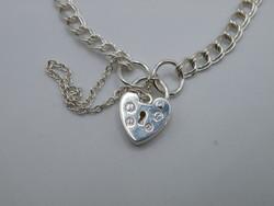 KK1131 Elegáns ezüst karlánc szív lakat kapocs fémjelzett 925