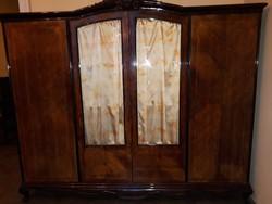 Neobarokk szekrény (ism/XX.sz.kozepe)