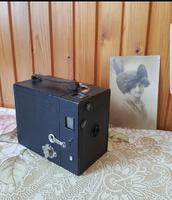 Antik fényképezőgép az 1920-as évekből