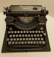Mercedes Superba írógép. Gyűjtői darab. Kiváló állapot.