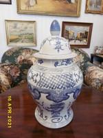 Kínai fedeles váza.