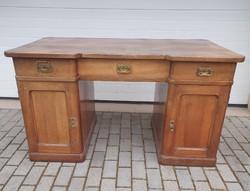 Antik íróasztal az 1910-es évekből