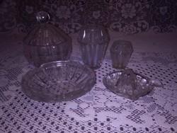 Retro üveg használati tárgyak csomagban - vázák, bonbonier, citromfacsaró, hamutál