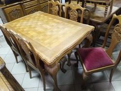 Chippendale étkező asztal és székek
