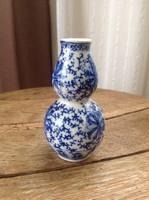 Kis kínai porcelán váza