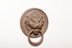 Antik, réz, bronz kopogtató! Nehéz öntvény! Oroszlán fejes. Fa kapu, ajtóra , Bútor dísz, Dekoráció