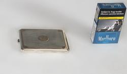 Ezüst cigarettatárca aranyozott díszítéssel