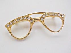 Aranyozott köves szemüveg bross