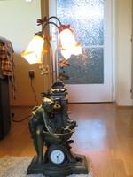 90 cm magas Spiáter állólámpa, órával szökőkúttal