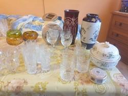 Ólomkristály vázák, poharak, tálak