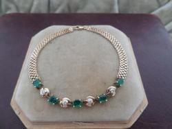 Arany karlánc / karkötő smaragdokkal és brillekkel