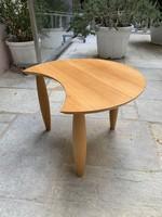 Dán kisasztal különleges formájú retro asztal