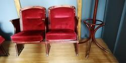 Színházi kettes szék, plüss kárpittal