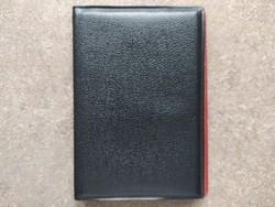 Érmeberakó album 72 db érmének 2×2 cm fészekméret (id48807)