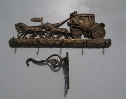 Réz lovaskocsi, hintó alakú fali kulcstartó