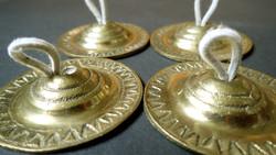 Ritkaság! Régi réz sárgaréz Sagat keleti mini ujjcintányér ujj cintányér hangszer