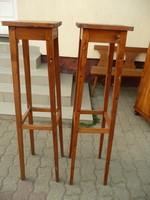 2 db nagyon magas szecessziós vonalvezetésű régi tömör fa posztamens / virágtartó / virágállvány