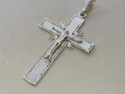 Ezüst kereszt Jézus Krisztus ábrázolással