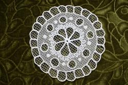 Rátétes tüll csipke kézimunka terítő , asztalközép , dekoráció lakástextil 14 cm